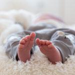 Lapse esimese kuu pildistamine - jalad