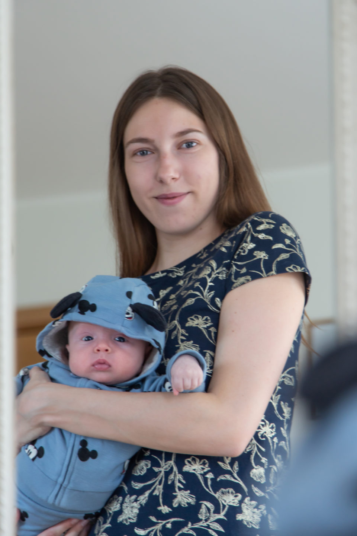 Lapse teise kuu pildistamine - poiku emmega