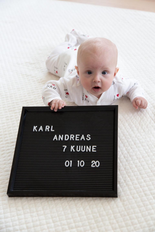 Lapse seitsmes kuu ehk põrandad puhtaks
