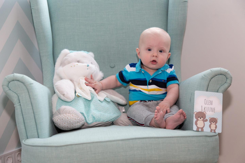 Lapse kaheksanda kuu pildistamine